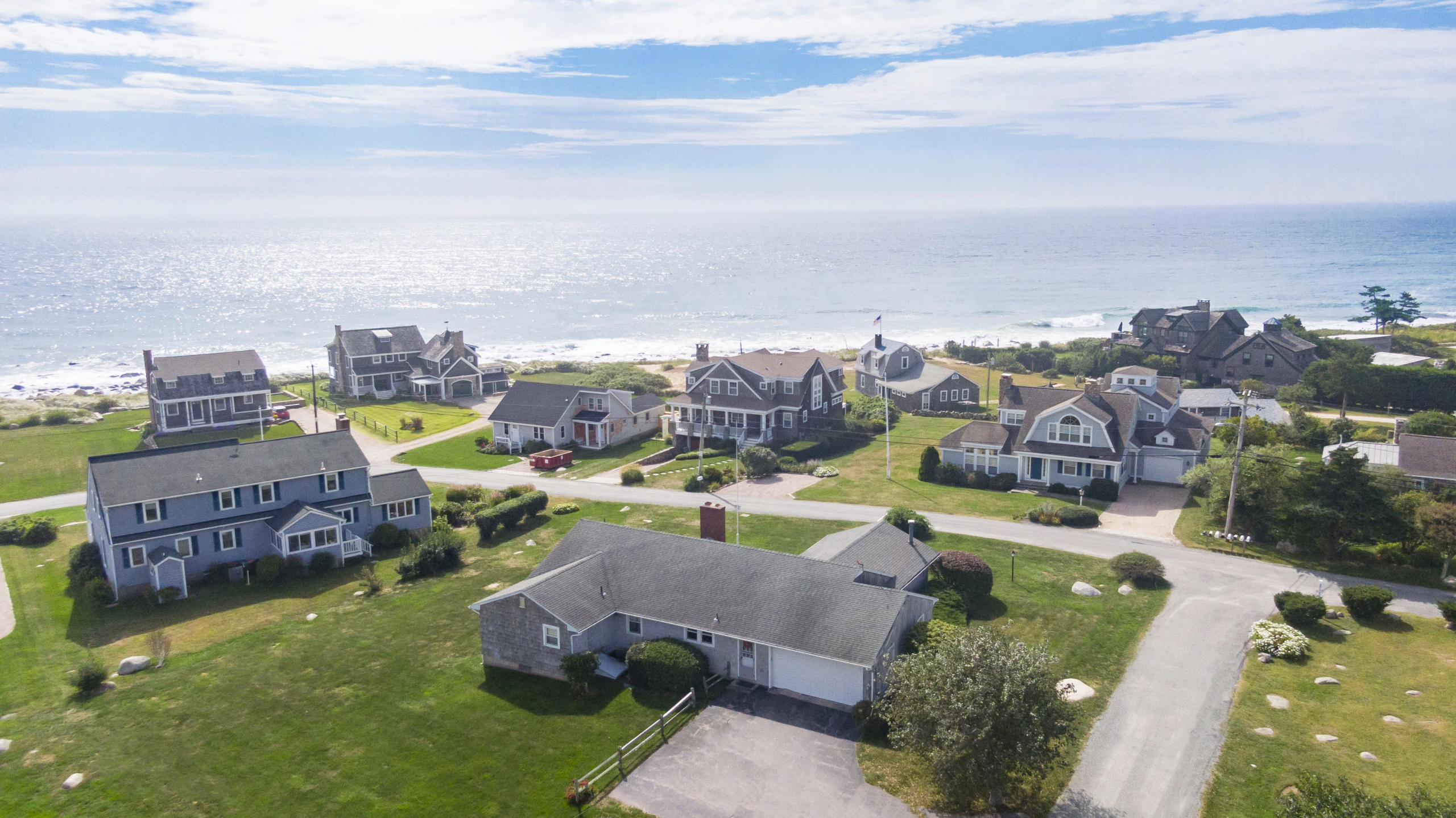 CENTRAL BEACH COTTAGE WITH OCEAN VIEWS SELLS FOR $2,000,0000, RANKING AS ONE OF THE TOP TWO SALES IN CHARLESTOWN YEAR-TO-DATE*