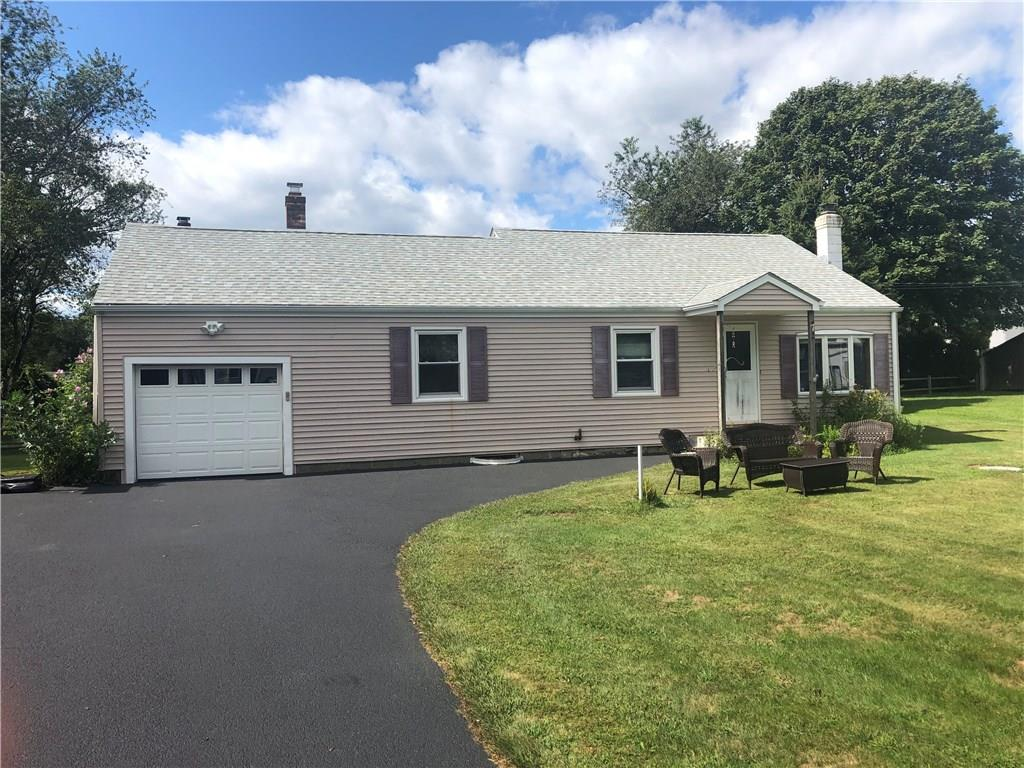 72 Hull Street, South Kingstown