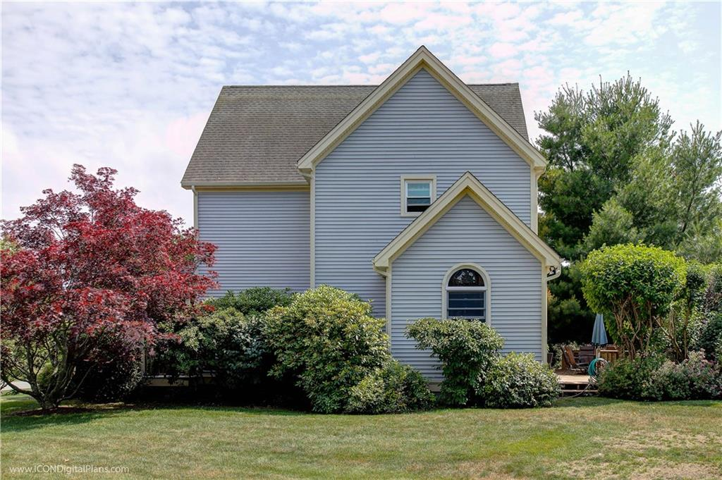 221 Carriage Drive, Portsmouth