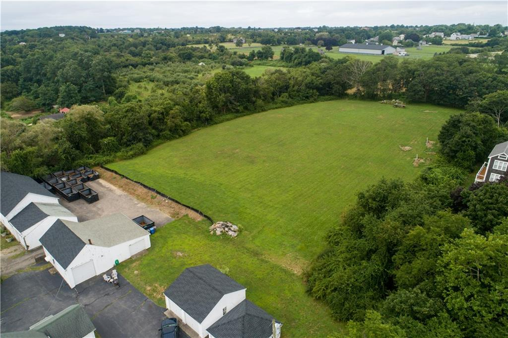 955 Wapping Road, Middletown