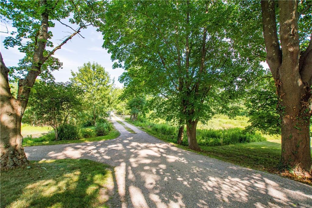 3617 Main Road, Tiverton