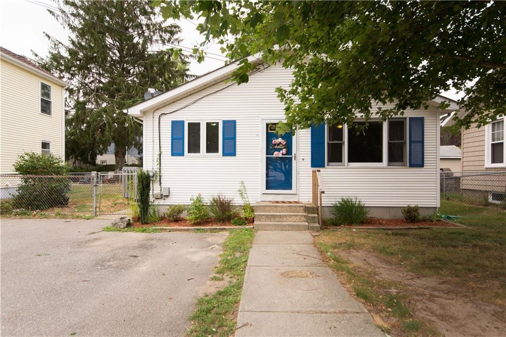 131 Bay Spring Avenue, Barrington
