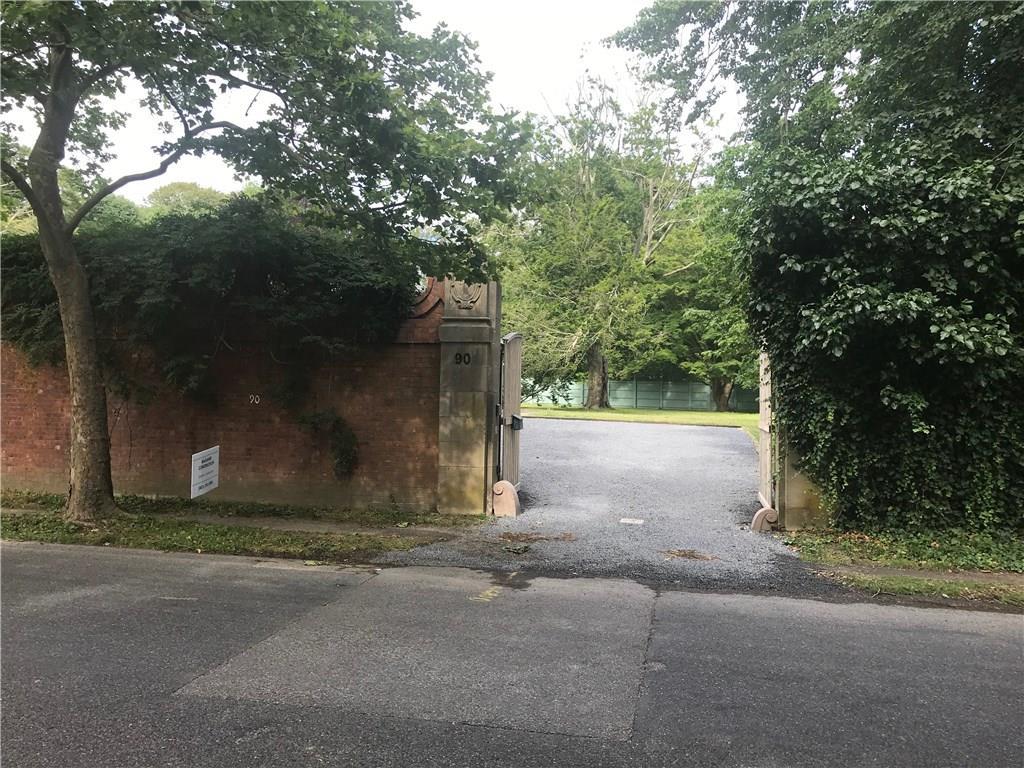 90 Annandale Road, Newport