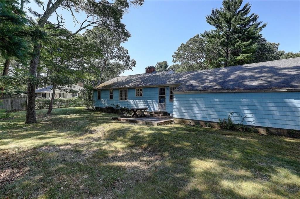 145 Brookhaven Road, North Kingstown