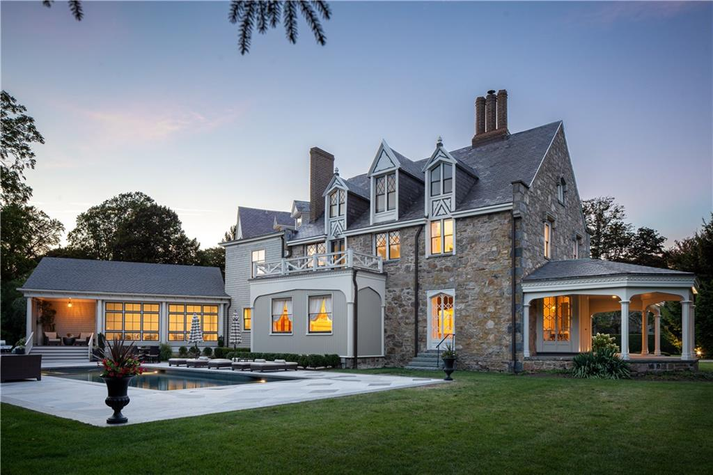 425 Bellevue Avenue, Newport