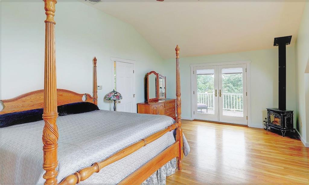 211 Sunnybrook Farm Road, Narragansett