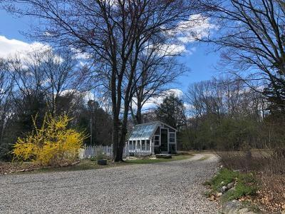 15 Hickory Drive, North Kingstown