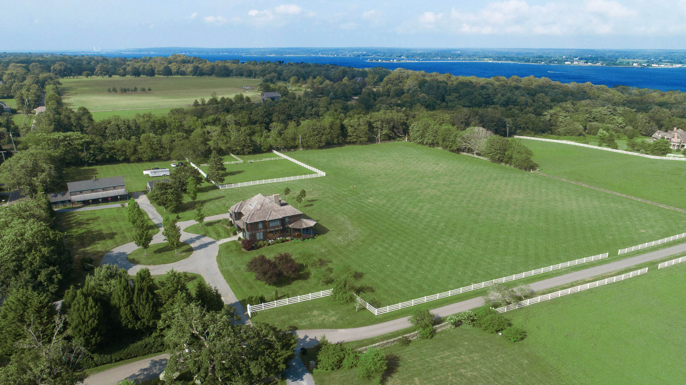 'FARMLANDS' ESTATE ON 11.63 ACRES SELLS FOR $2,012,750, MARKING ONE OF  THE TOP TEN SALES IN PORTSMOUTH IN THE LAST FIVE YEARS*
