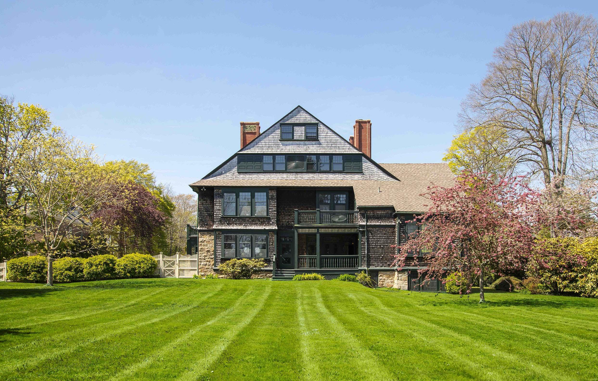 'SAMUEL TILTON HOUSE', HISTORIC MCKIM, MEAD & WHITE ESTATE, SELLS FOR $2,200,000