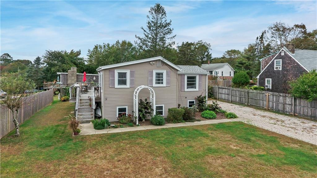 37 Chappell Road, South Kingstown