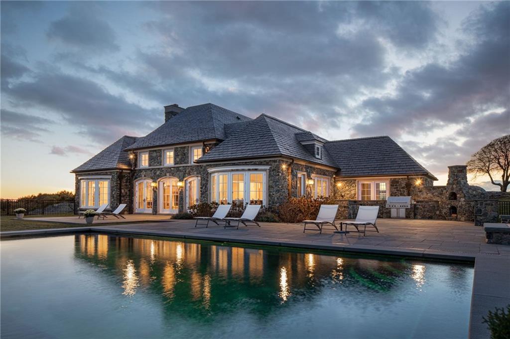 339 Ocean Avenue, Newport