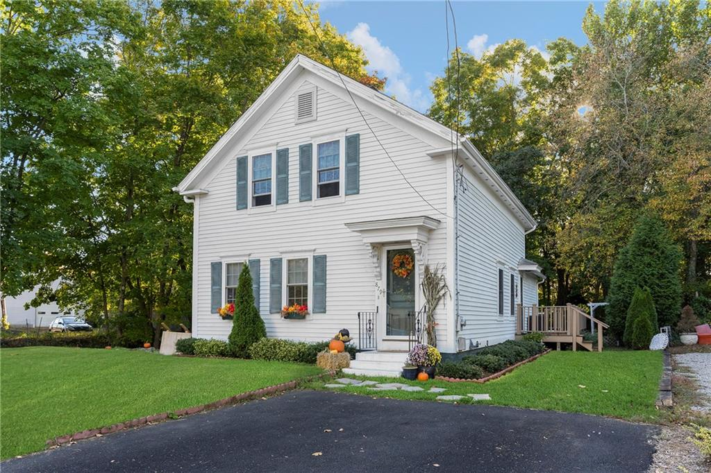 879 Tower Hill Road, North Kingstown