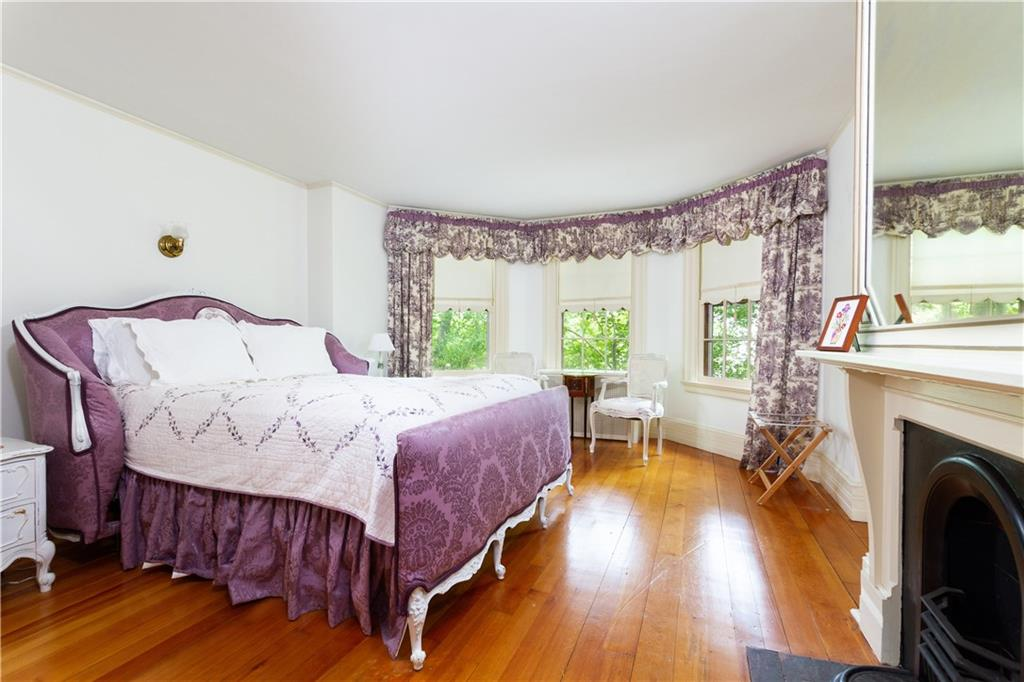 420 Bellevue Avenue, Newport