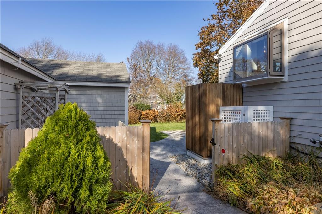49 Concord Avenue, North Kingstown