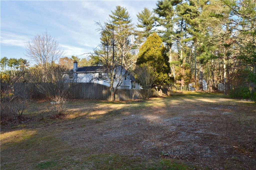 31 Brook Drive, Hopkinton