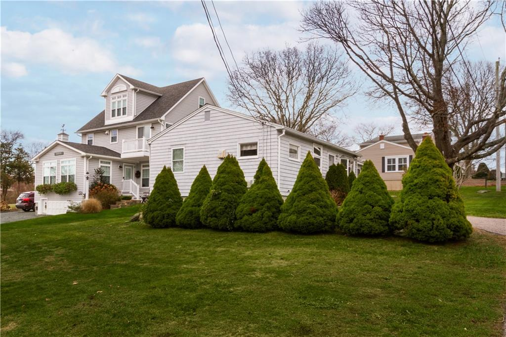 26 Richard Smith Road, Narragansett