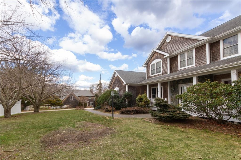 21 Fleetwood Drive, North Kingstown