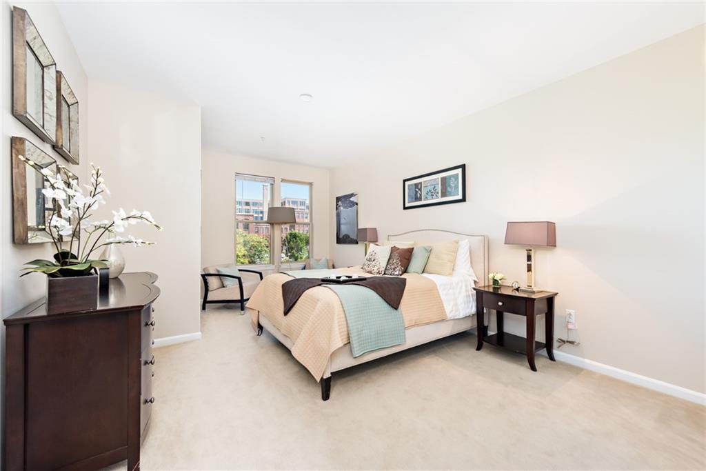 1000 Providence Place, Unit#372, Providence