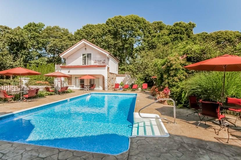 190 Shore Road, Westerly