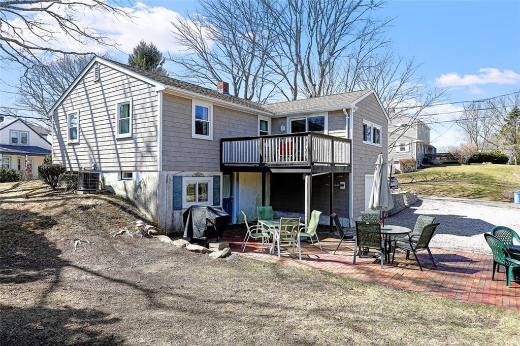 27 Harbour Island Road, Narragansett