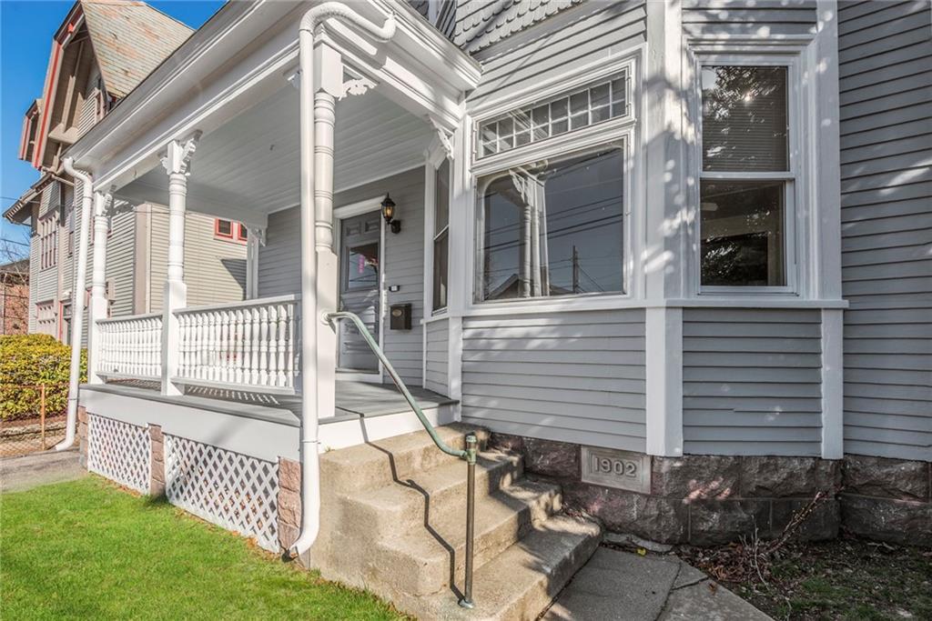 30 Narragansett Avenue, Newport