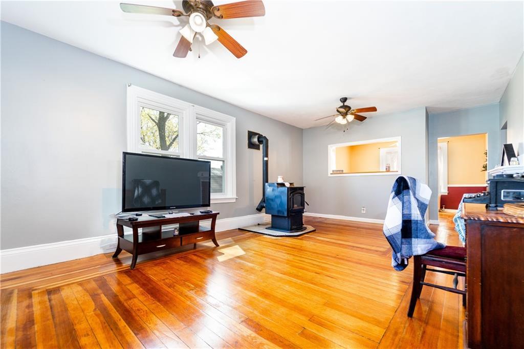 27 Homewood Avenue, North Providence