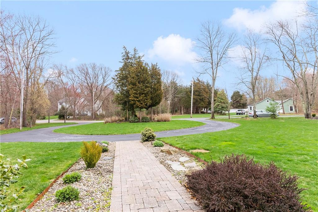 35 Barber Heights Avenue, North Kingstown