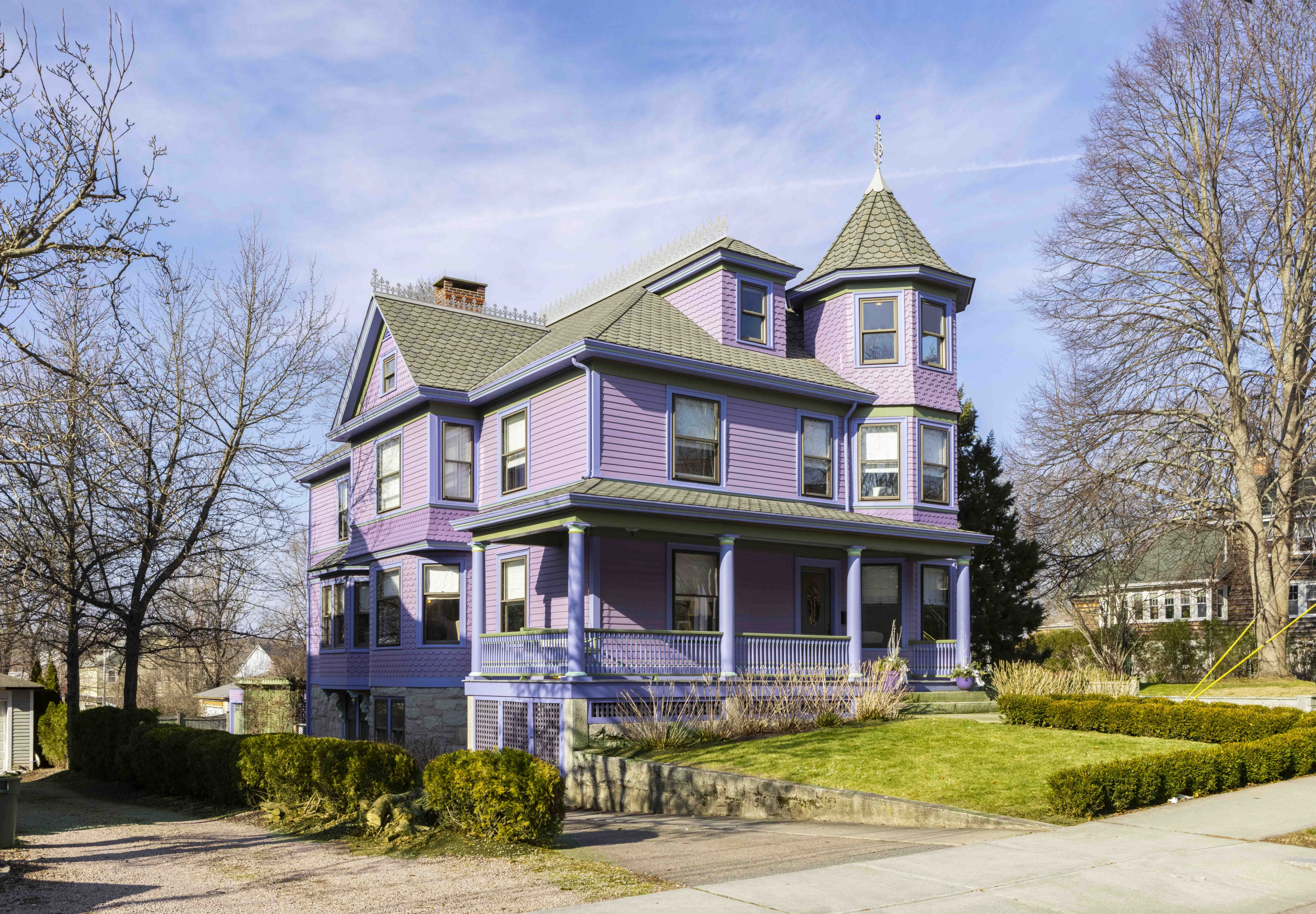 """SALE OF WESTERLY'S """"PURPLE HOUSE"""" MARKS HIGHEST NON-WATERFRONT HOME SALE IN DOWNTOWN WESTERLY HISTORY*"""