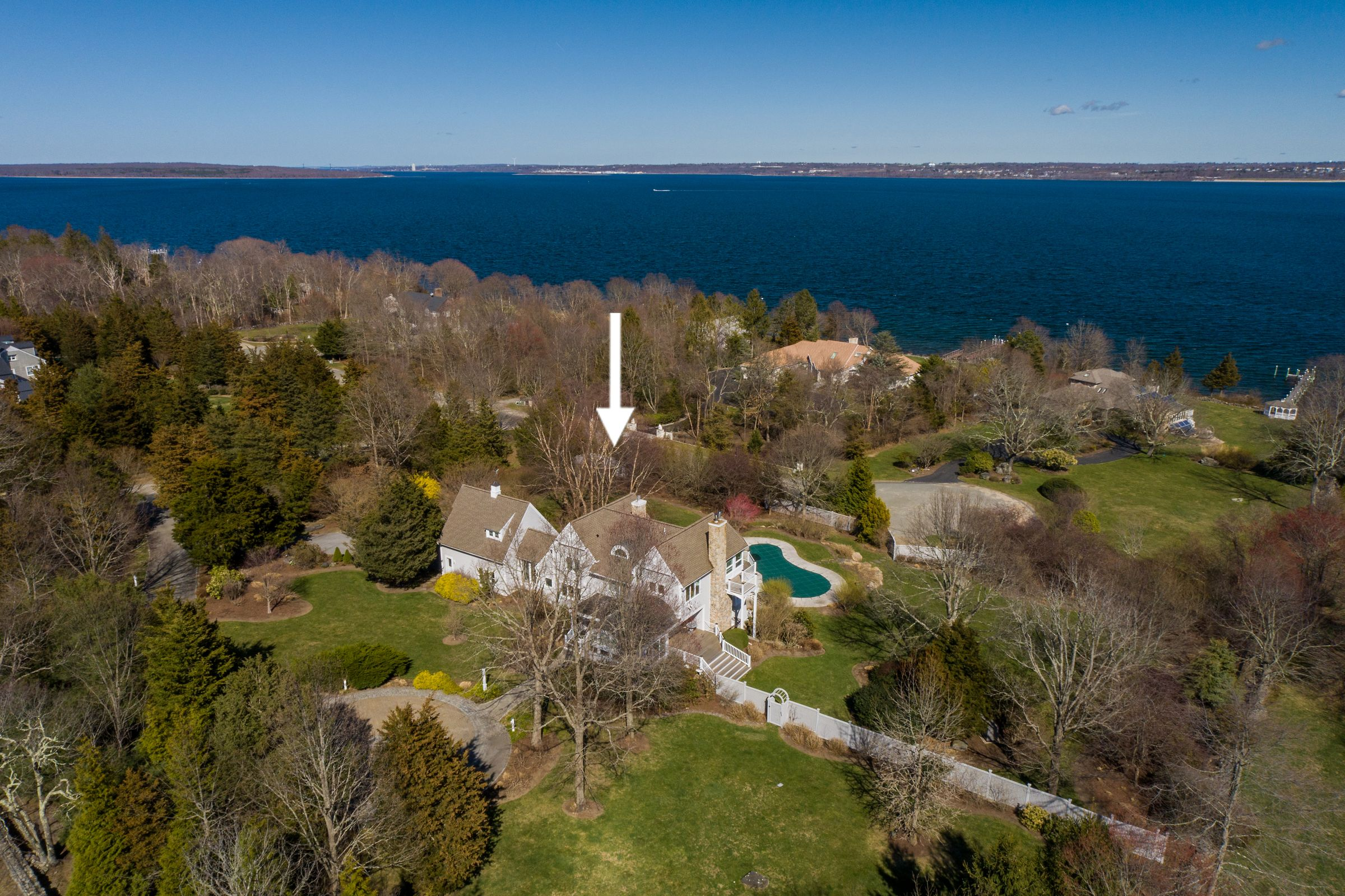 Several high end real estate sales wrap up at the end of May in Newport County