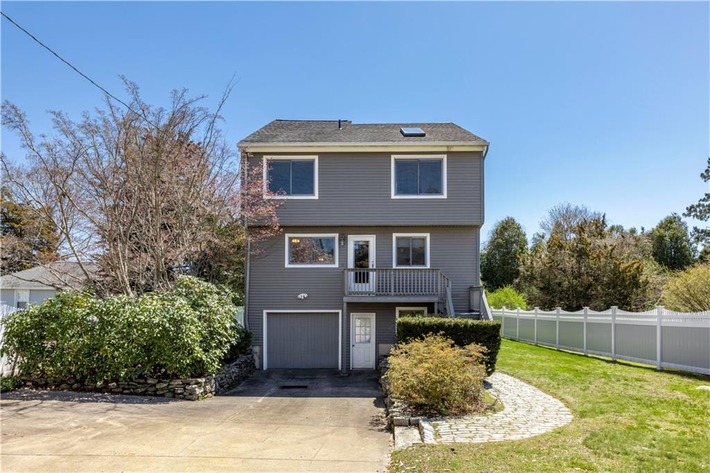 183 Shore Road, Westerly
