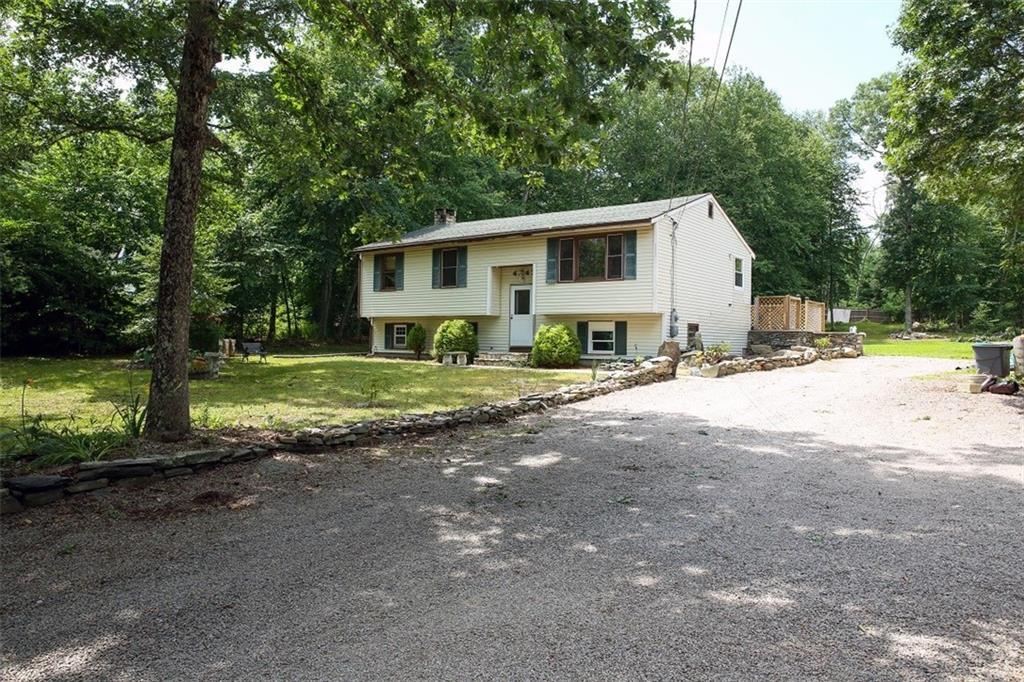 4247 S County Trail, Charlestown